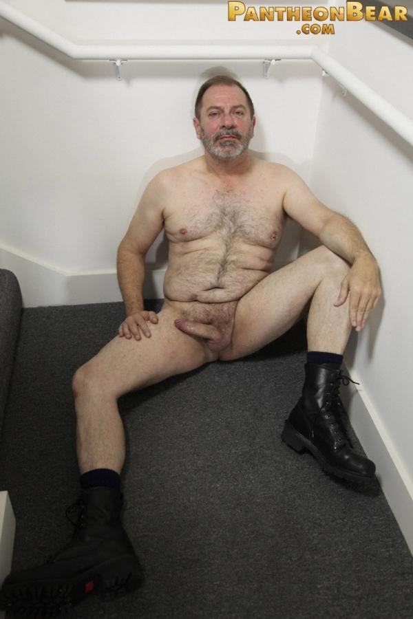смотреть бесплатно фото голые дядьки