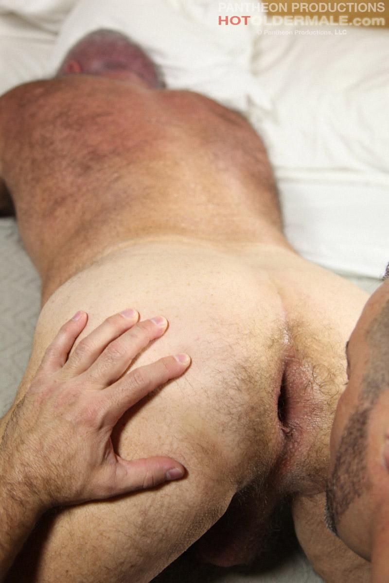 gay porn daddy slave hunk