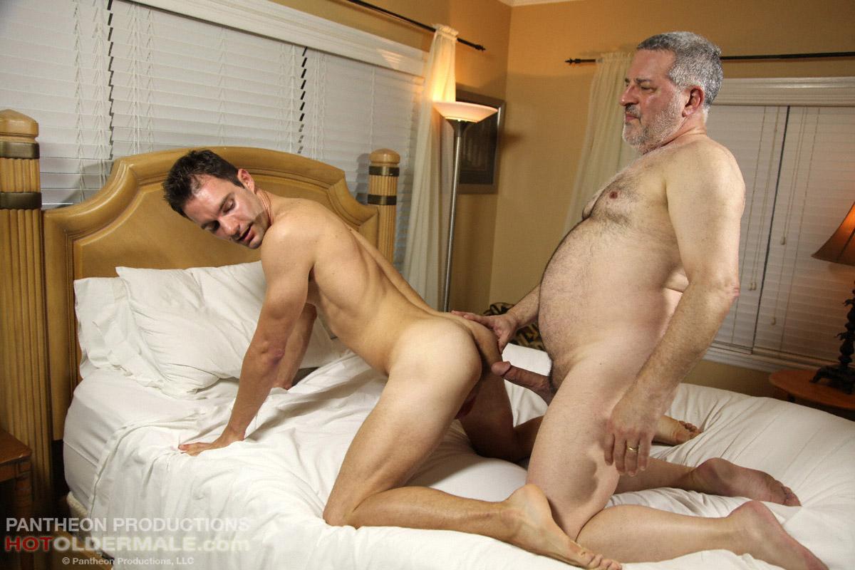 старые мужики геи ебутся